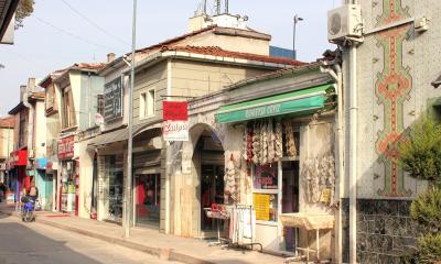 Bafra Belediyesi 'Bedesten Çarşısı'nı unutmadı