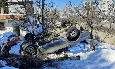 Buzdan kayan kamyonet takla attı: 1 yaralı