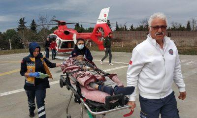 Felç geçiren yaşlı adamın yardımına ambulans helikopter yetişti