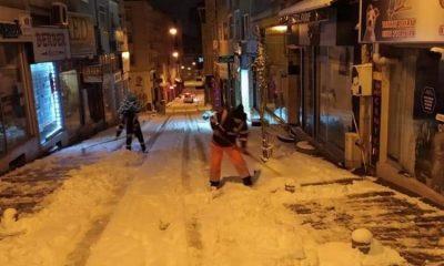 İlkadım'da karla mücadele