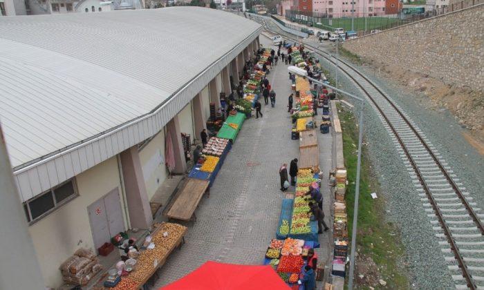 Amasya'da pazarcı esnafından korona tedbiri