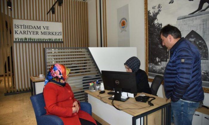 Büyükşehir İstihdam ve Kariyer Merkezi 253 vatandaşı iş sahibi yaptı