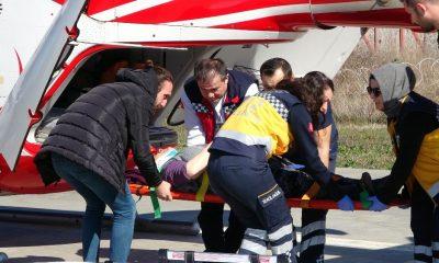 Samanlıkta düşen kadın ambulans helikopterle hastaneye sevk edildi