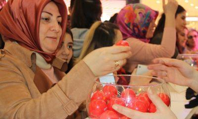 Samsun'da kadınlara hediye yağmuru