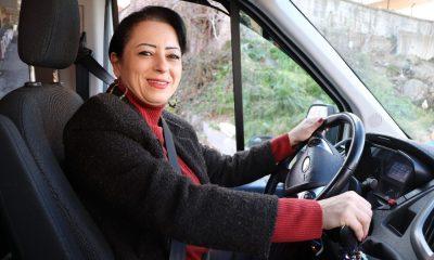 Samsun'un tek kadın servis şoförü öğrencilerin gözdesi