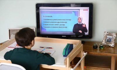 Son dakika haberi: Okul sınavları yapılacak mı? Bakan Selçuk uzaktan eğitimin detaylarını açıkladı ve tarih verdi!